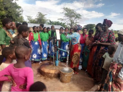 Kind donor pays for a new borehole.