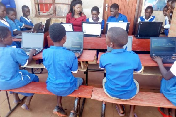 Computers donated by Rees Bradley Hepburn (RBH) arrive at Chinthowa School