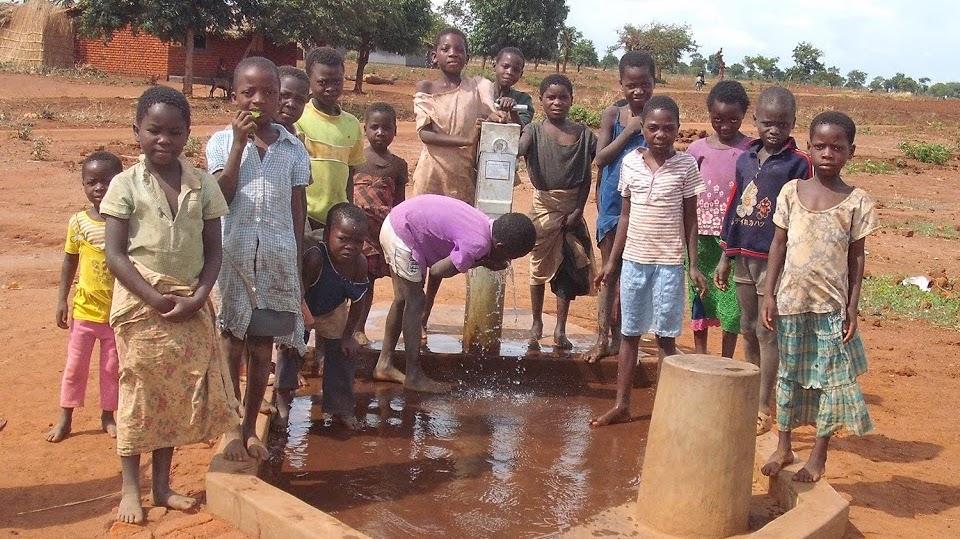 New Bore Hole, Chinthowa Malawi